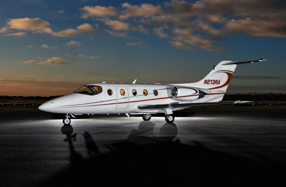 2008 Hawker 400XP Photo 2