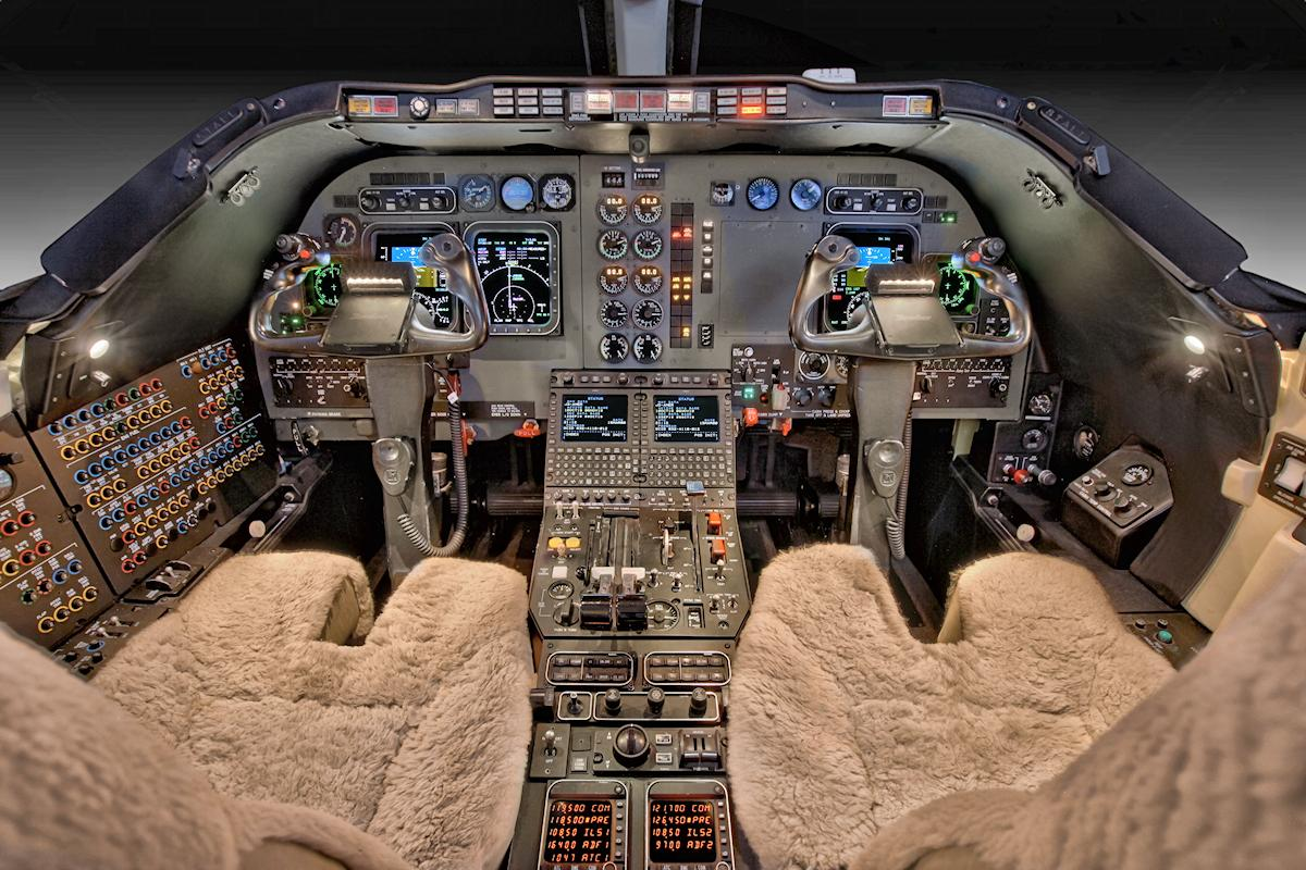2008 Hawker 400XP Photo 4