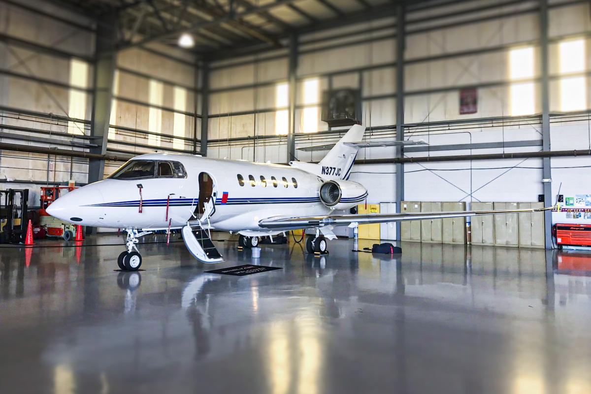 2010 Hawker 900XP - Photo 1