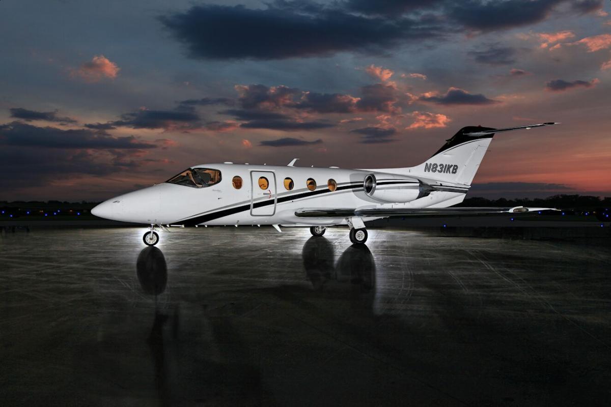 2007 Hawker 400XP - Photo 1