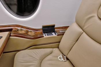 2007 Hawker 400XP - Photo 7