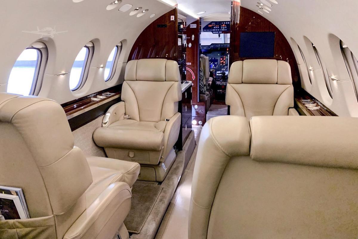 2010 Hawker 900XP Photo 3