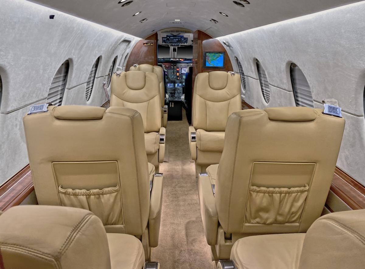 2008 Hawker 400XP Photo 4