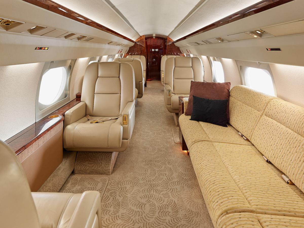 1986 Gulfstream III Photo 3