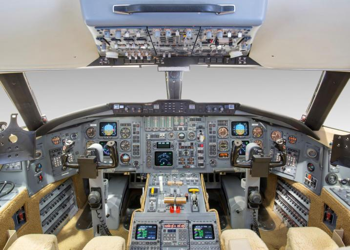 1991 Bombardier Challenger 601-3A Photo 4
