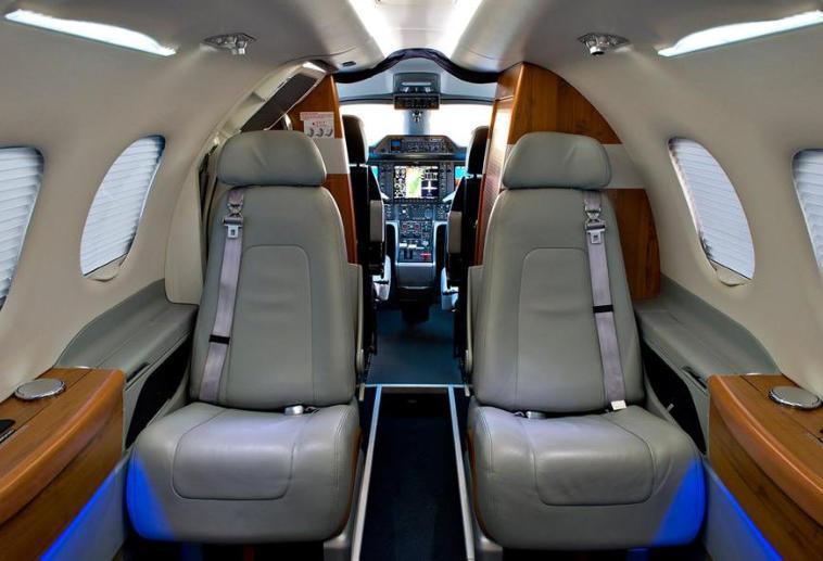 2009 Embraer Phenom 100 Photo 3