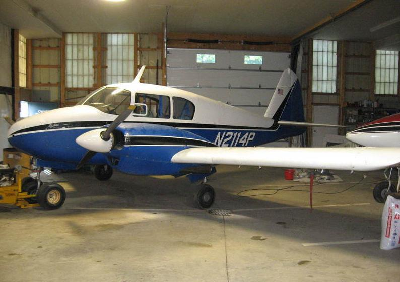 1956 Piper Apache - Photo 1