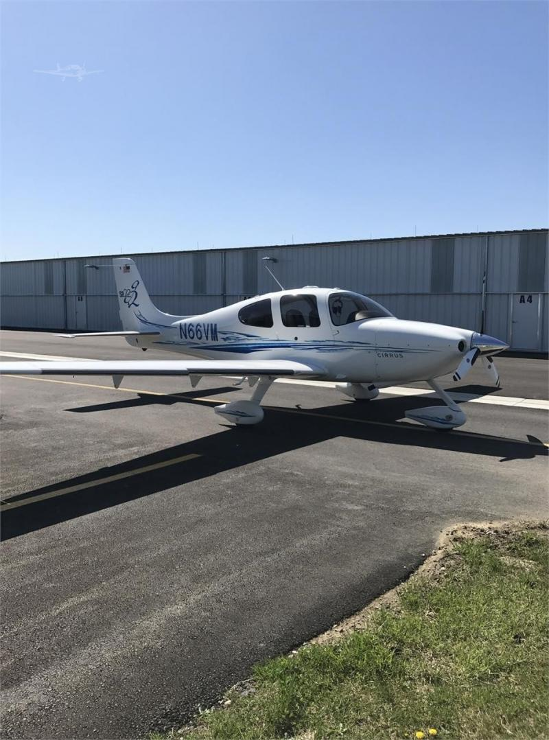 2005 CIRRUS SR22-G2 Photo 3