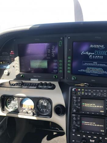 2005 CIRRUS SR22-G2 - Photo 9