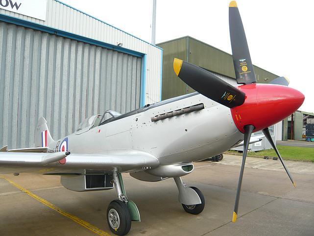 1945 Supermarine Spitfire FR XVIIIe - Photo 1