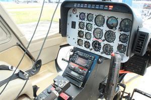 1981 Bell 206B-3 Photo 5
