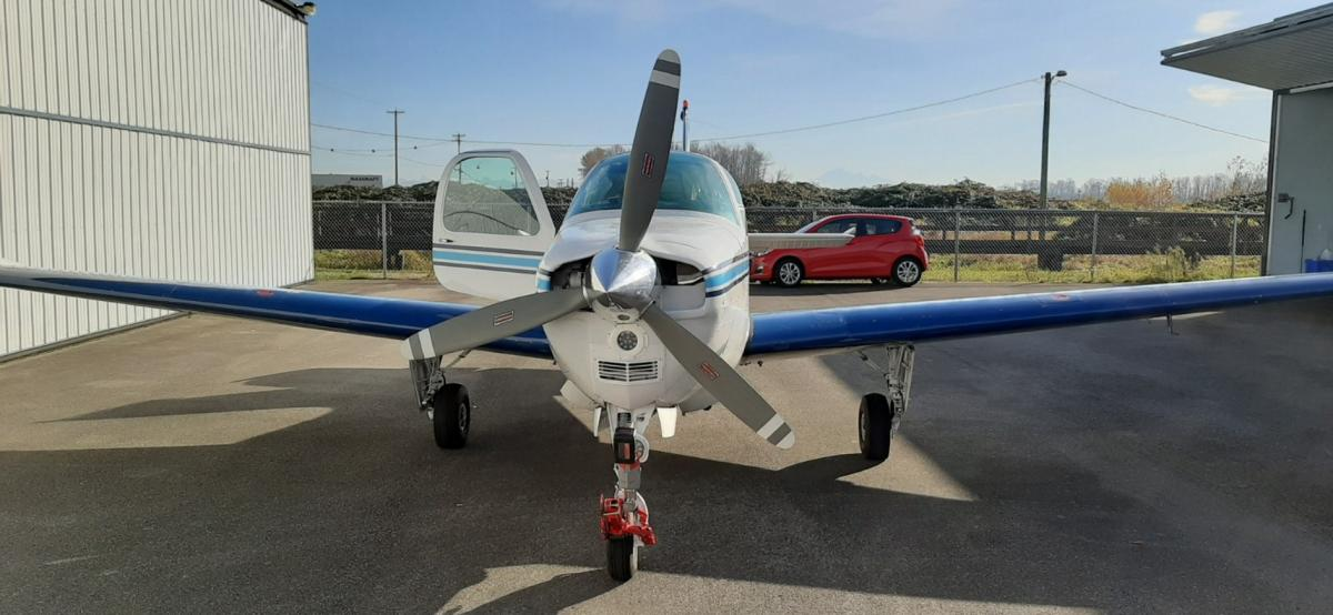 1969 Beech 36 Bonanza Photo 6