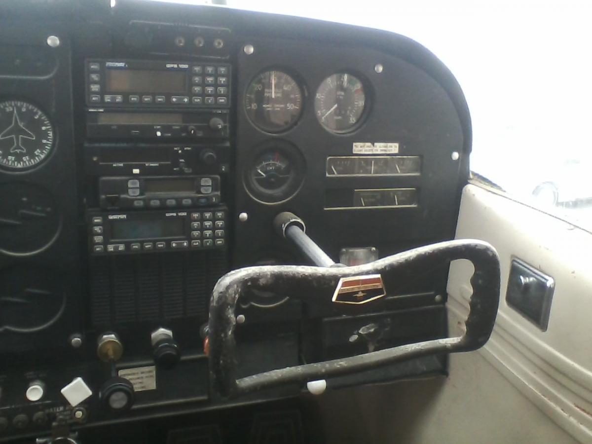 1966 Cessna 180H Photo 7