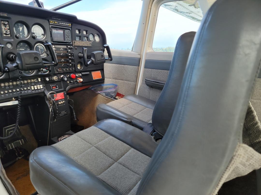 1973 Cessna 172M Photo 2