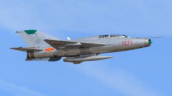 1974 MiG 21UM Photo 3