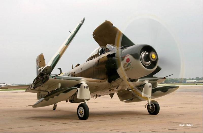 1952 AD4-NA Skyraider Photo 4