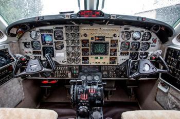 1987 Beech King Air B200 - Photo 6