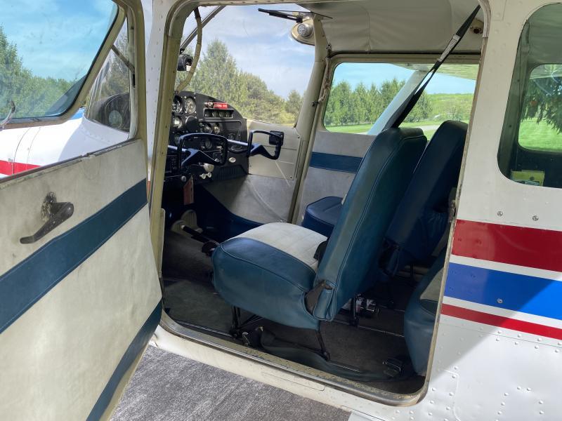 1959 Cessna 172 - Garmin 430, ADS-B, Very Nice! Photo 2