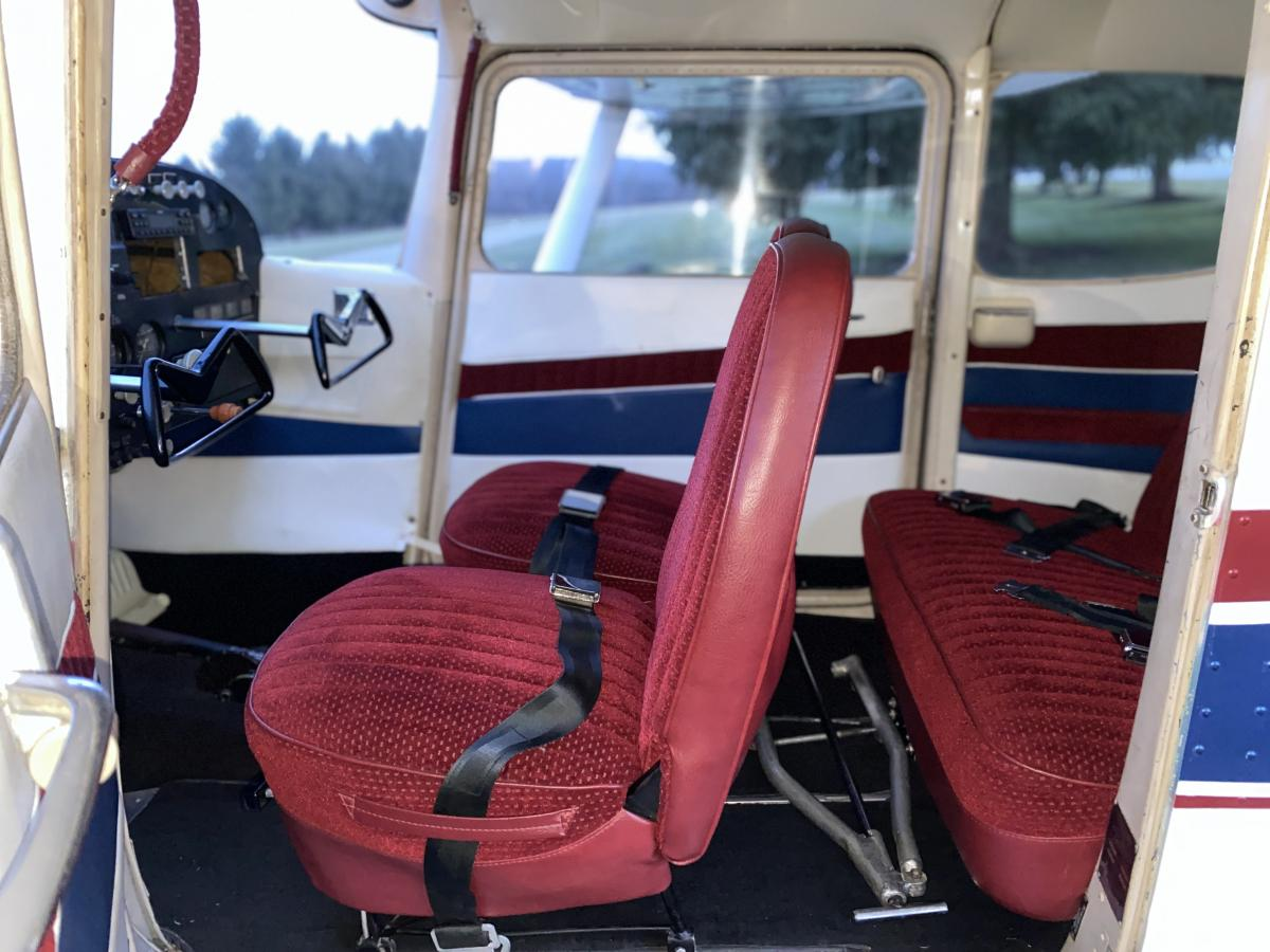 1958 Cessna 175 - Only 2500TT, Beautiful Paint and Interior! Photo 5