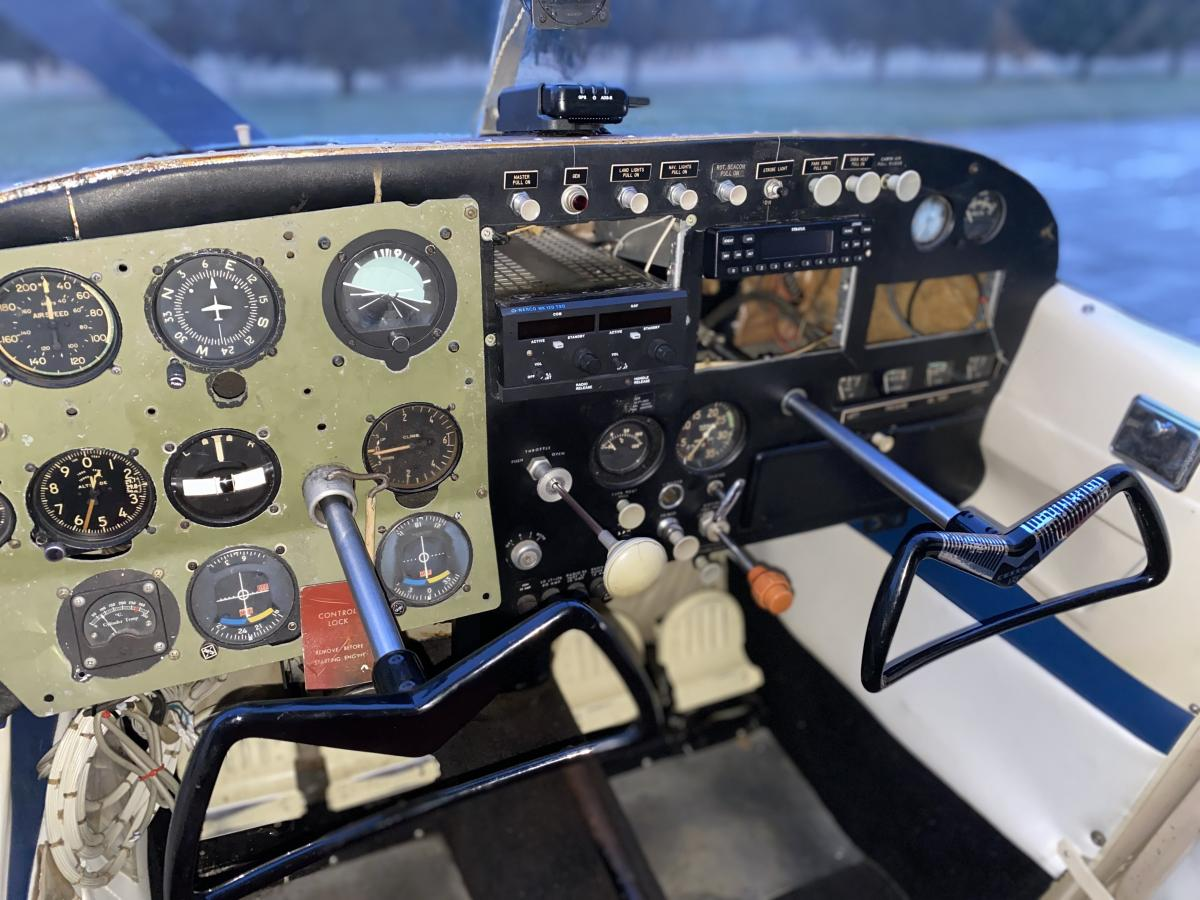 1958 Cessna 175 - Only 2500TT, Beautiful Paint and Interior! Photo 6