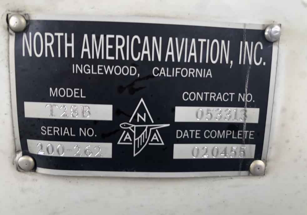 NORTH AMERICAN T28B Photo 6
