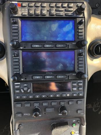 2004 Cirrus SR22 G2 - Photo 4