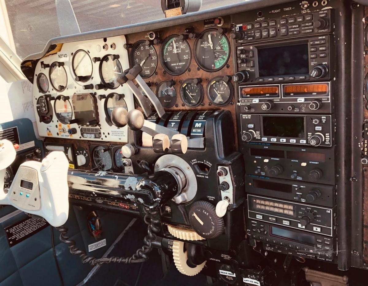 1966 BEECHCRAFT 55 BARON Photo 4