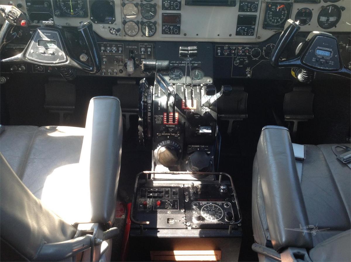1985 BEECHCRAFT KING AIR C90A Photo 6