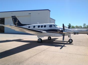 1985 BEECHCRAFT KING AIR C90A - Photo 10