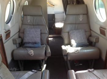 1985 BEECHCRAFT KING AIR C90A - Photo 12