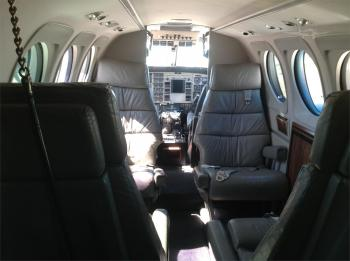 1985 BEECHCRAFT KING AIR C90A - Photo 13