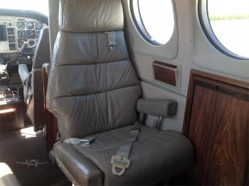 1985 BEECHCRAFT KING AIR C90A - Photo 15