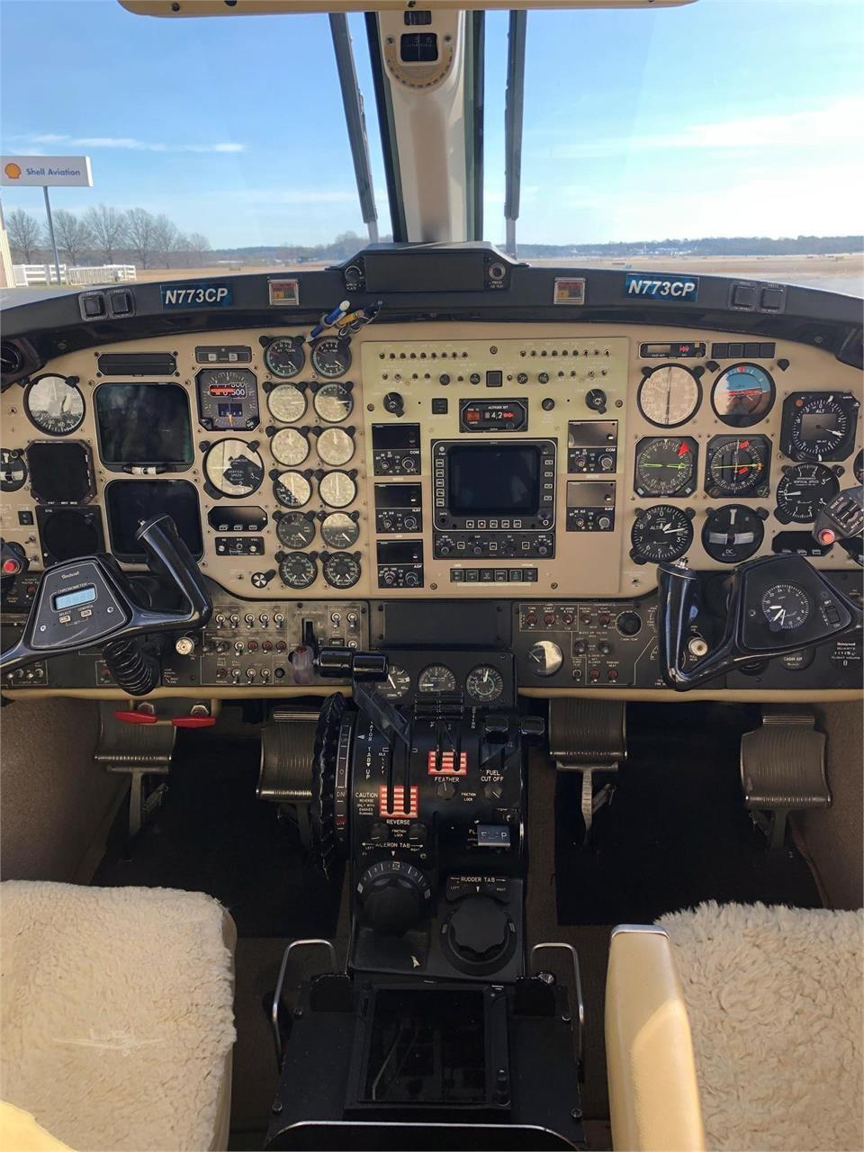 1986 BEECHCRAFT KING AIR B200  Photo 5