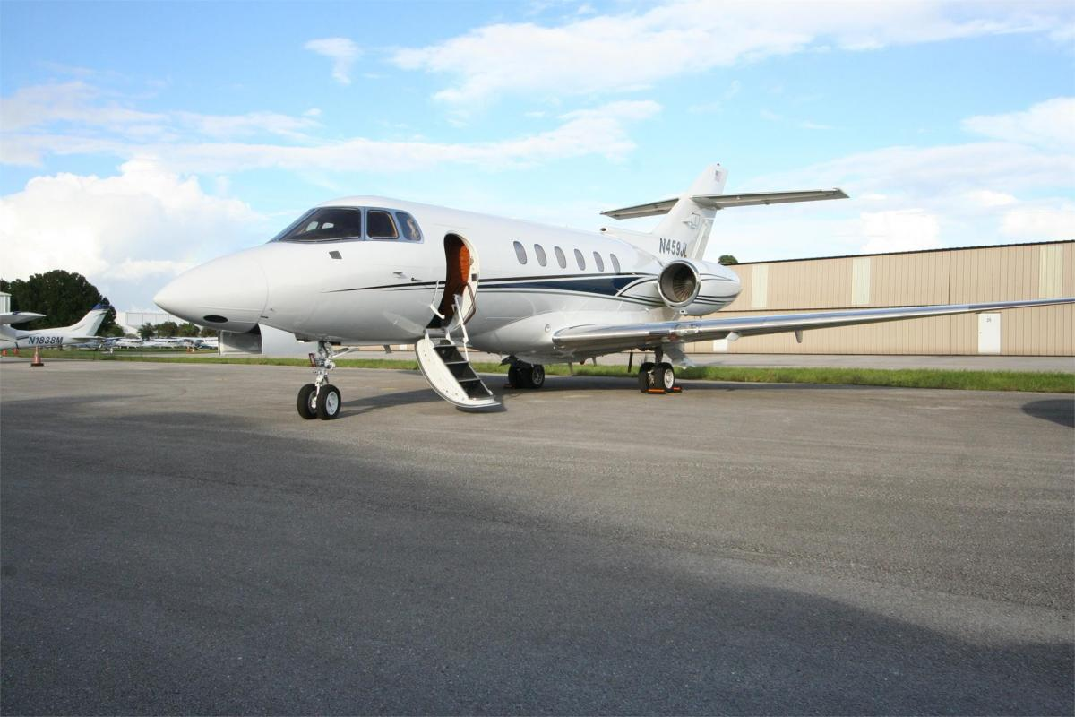 2006 HAWKER 850XP Photo 2