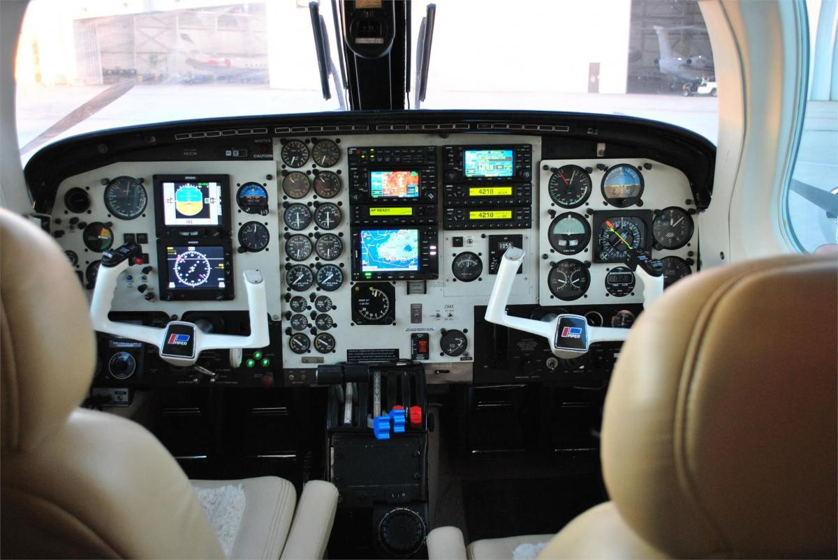 1980 PIPER CHEYENNE II  Photo 3
