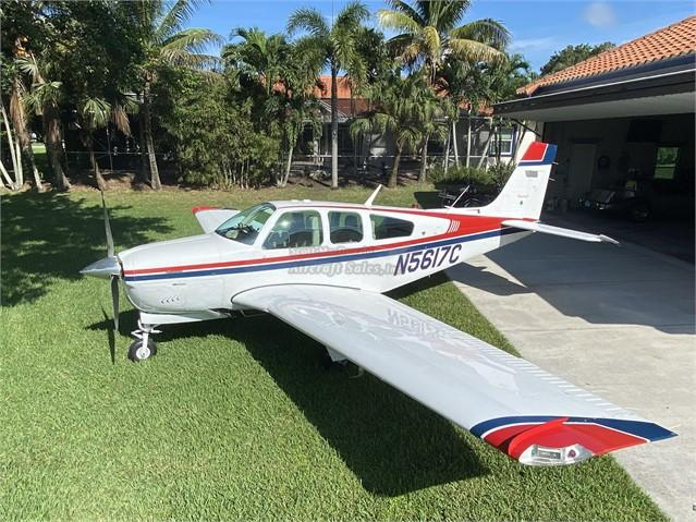 1990 BEECHCRAFT F33A BONANZA Photo 3