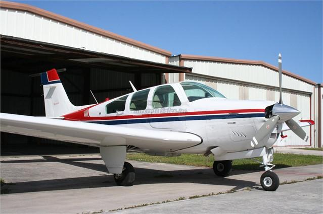 1990 BEECHCRAFT F33A BONANZA Photo 2
