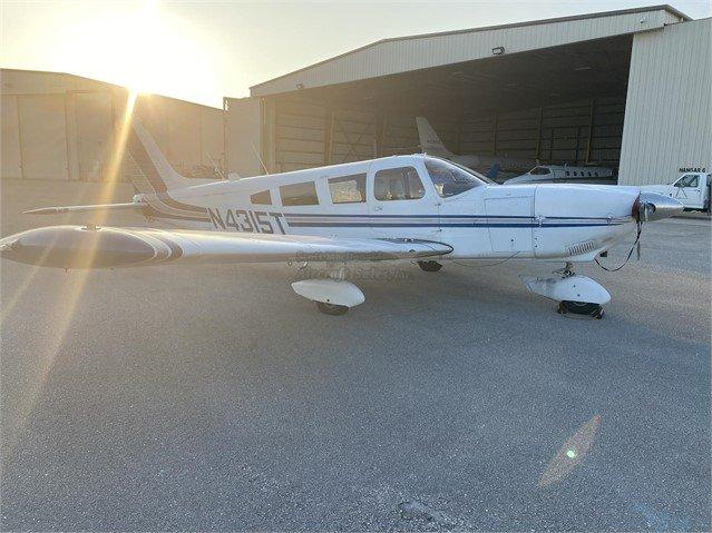 1972 PIPER CHEROKEE 6/260 Photo 3