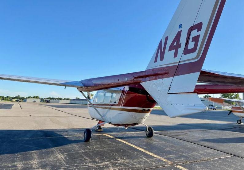 Cessna 337 Photo 4