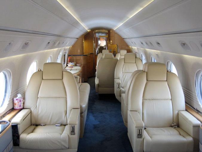 1995 Gulfstream V Photo 4