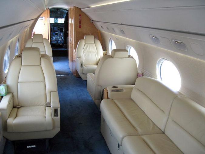 1995 Gulfstream V Photo 5
