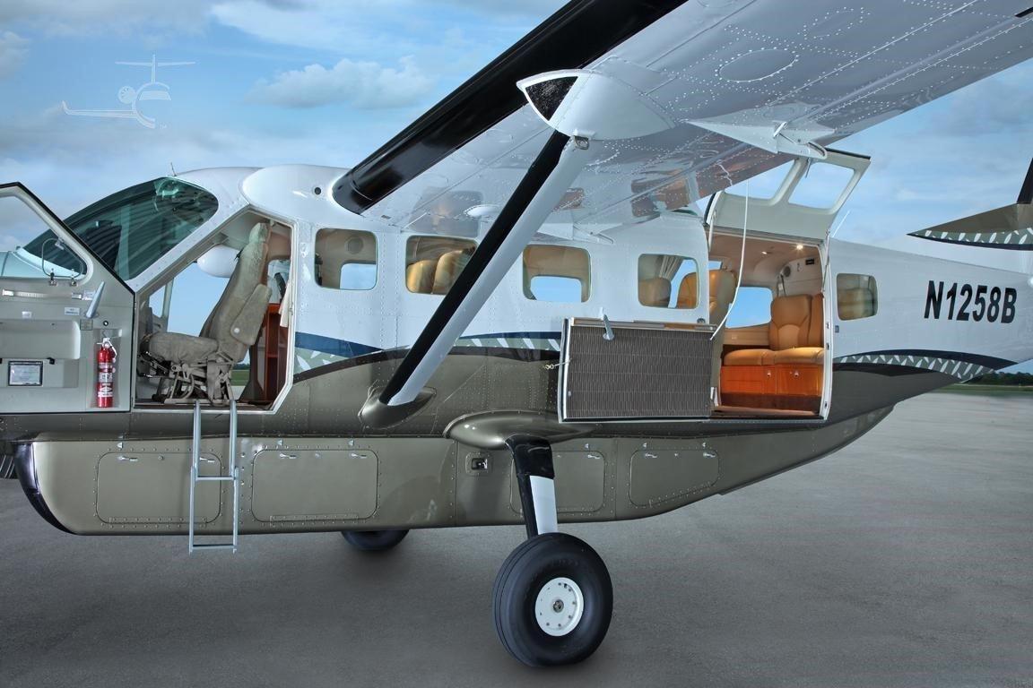 2007 Cessna 208B Grand Caravan Photo 4