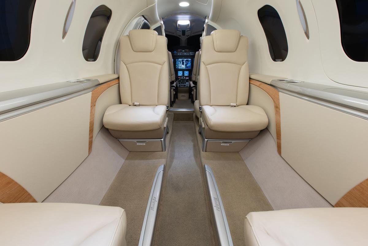 2017 Hondajet HA-420 Photo 2