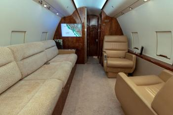 1985 Bombardier Challenger 601-1A - Photo 9