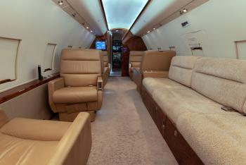 1985 Bombardier Challenger 601-1A - Photo 10