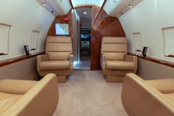 1985 Bombardier Challenger 601-1A - Photo 11