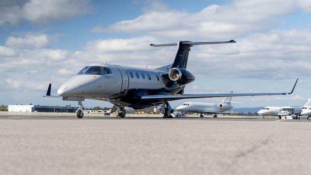 2019 Embraer Phenom 300E Photo 4