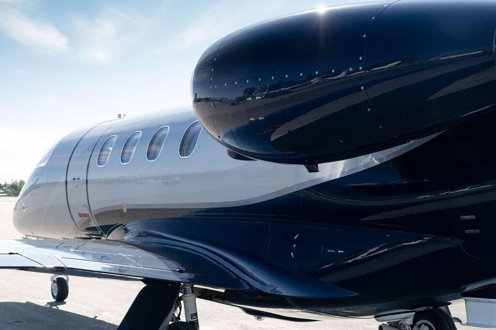 2019 Embraer Phenom 300E Photo 5