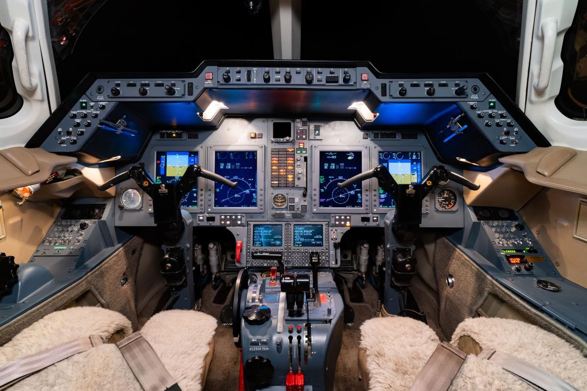 2003 Hawker 800XP Photo 6