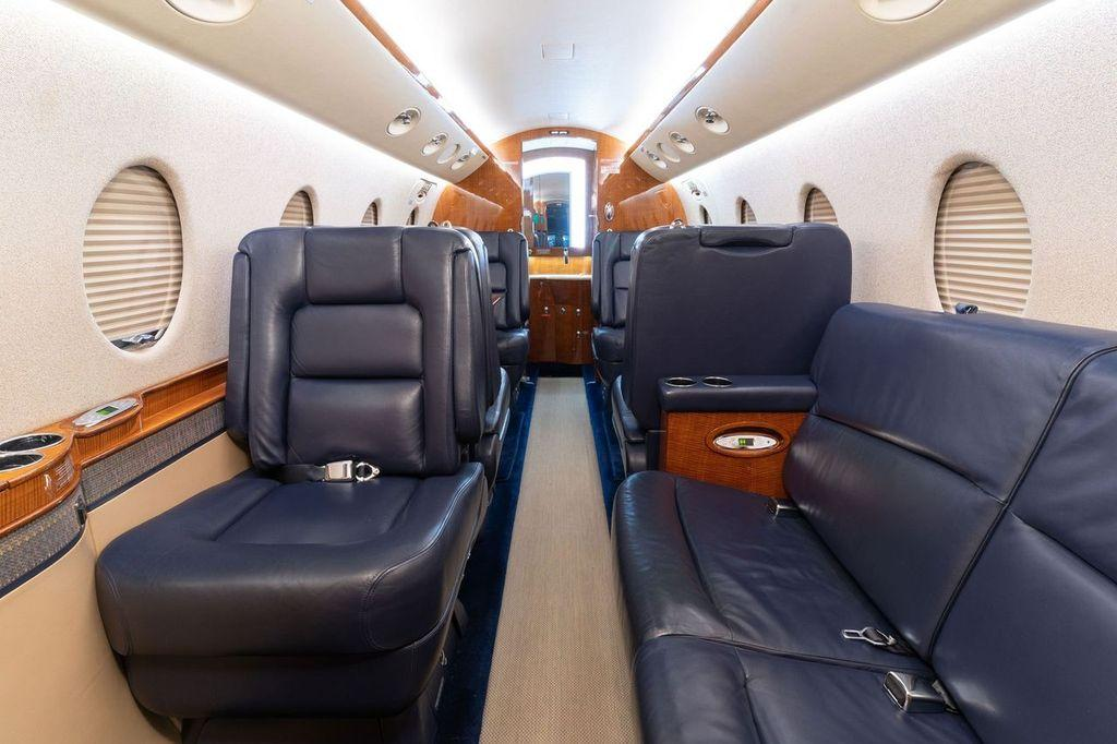 2006 Gulfstream G150 Photo 7